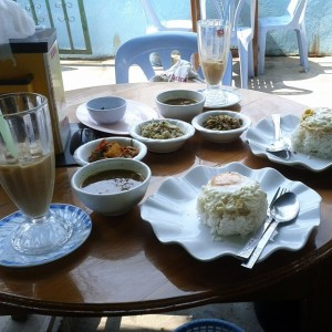 Burmese lunch at Valentine Food Center, Tachileik